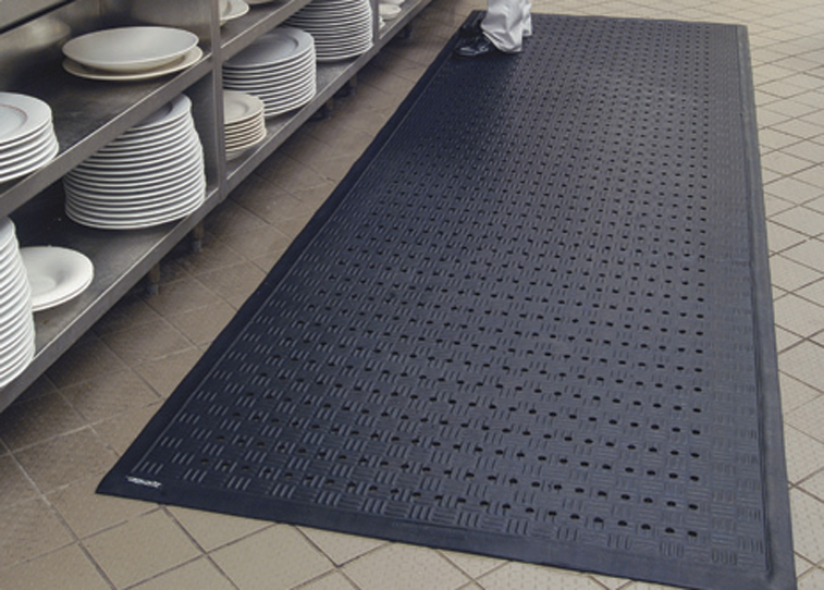 Cushion Station Flow-Through Anti-Fatigue Mat