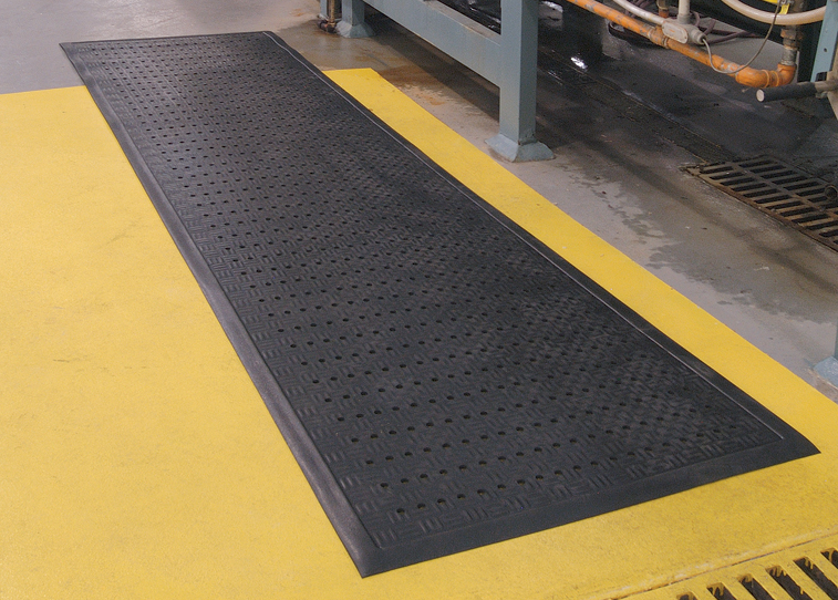 "Andersen 371 Cushion Station Wet/Oily Area Anti-Fatigue Floor Mat - Black - Drainable - 7/16"" Thickness"