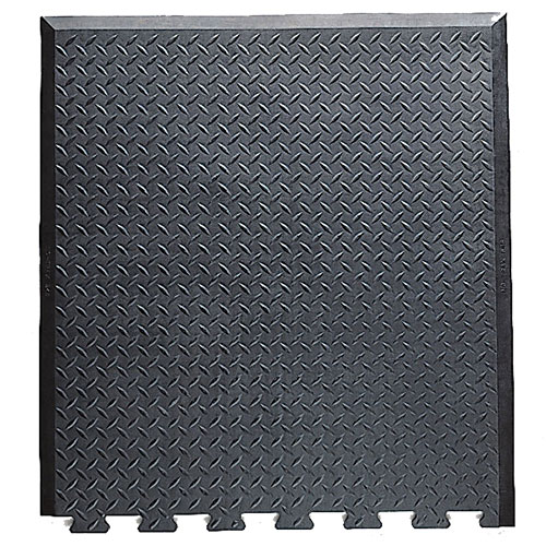 Diamond Top Interlock Anti-Fatigue Mat with interlocking teeth on one end.