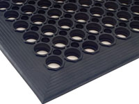 Comfort Mate Anti-Fatigue Flow-Through Mat - Black
