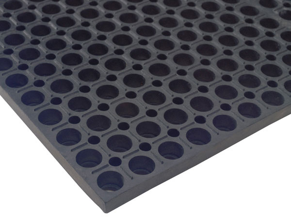 Comfort Mate Anti-Fatigue Flow-Through Mat, Black - 7/8""