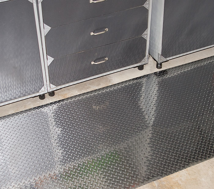 Metallic Diamond-Dek Runner Industrial Mat
