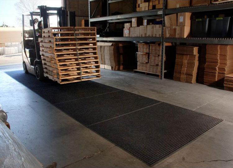 Waterhog Lift Truck Industrial Mat
