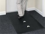 "Andersen [227] Glow Hog Slip-Resistant Floor Mat - Black w/ Directional Arrows - 3/8"" Thickness - AM-227"