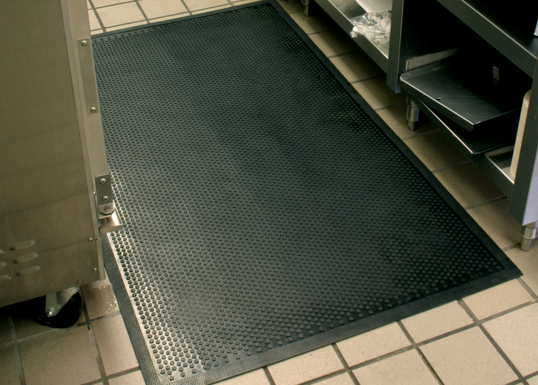 "Andersen 400 Safety Scrape Slip-Resistant Floor Mat - Black - 1/8"" Thickness"