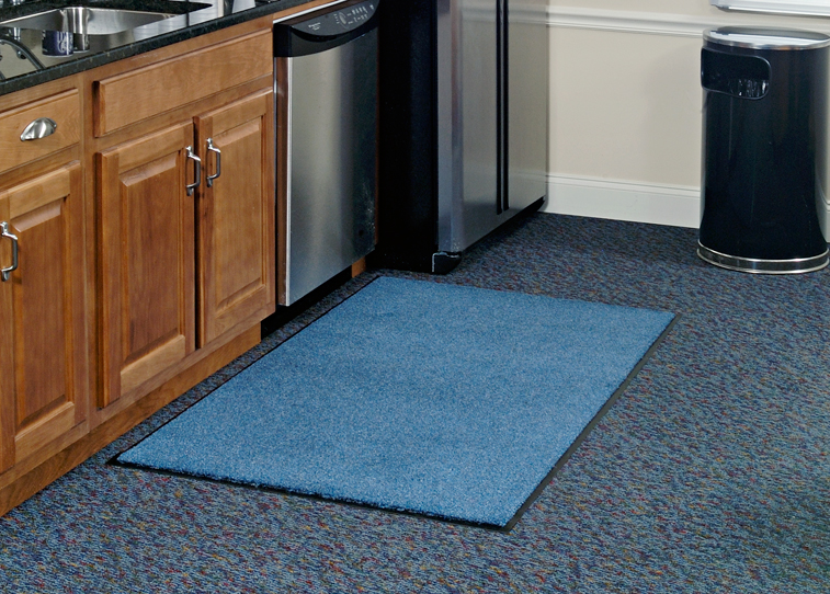 Designed to release dirt easily with daily vacuuming, or can be cleaned with any commercial carpet cleaning system.