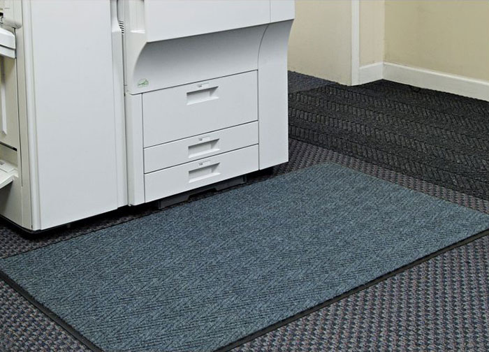 Victory Indoor Wiper/Finishing Mat - Chevron