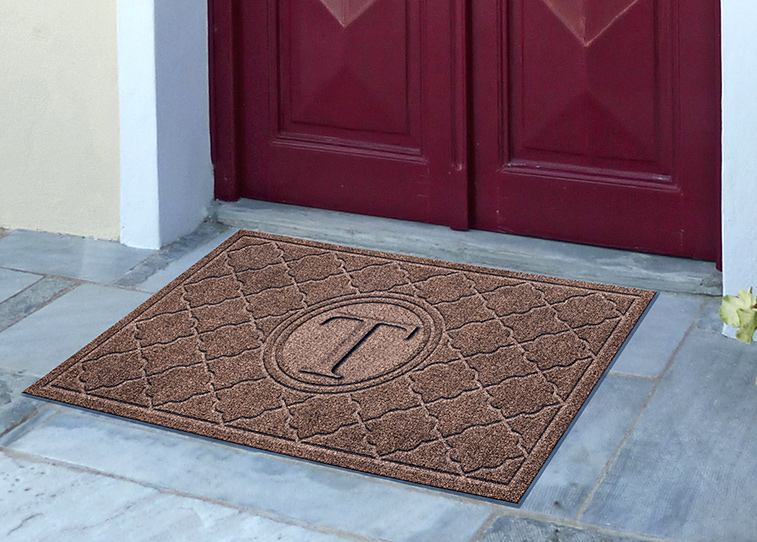 Bombay Personalized Entrance Logo Mat - 2' x 3'