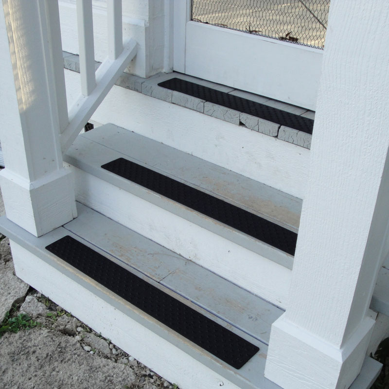HandiRamp Non-Skid Stair Tread - Powder Coated Black