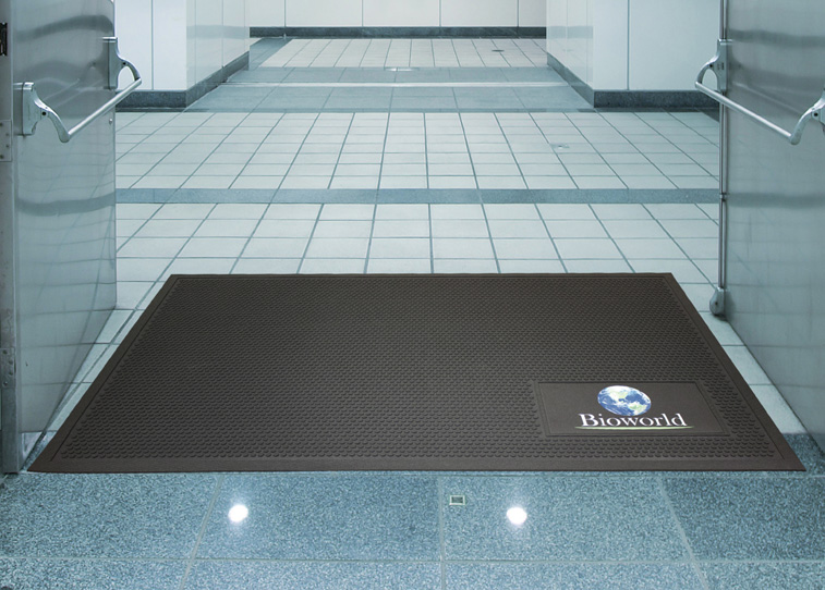 Superscrape Signature All Rubber Logo Mat