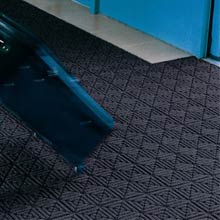WaterHog Classic Tile - Geometric Pattern