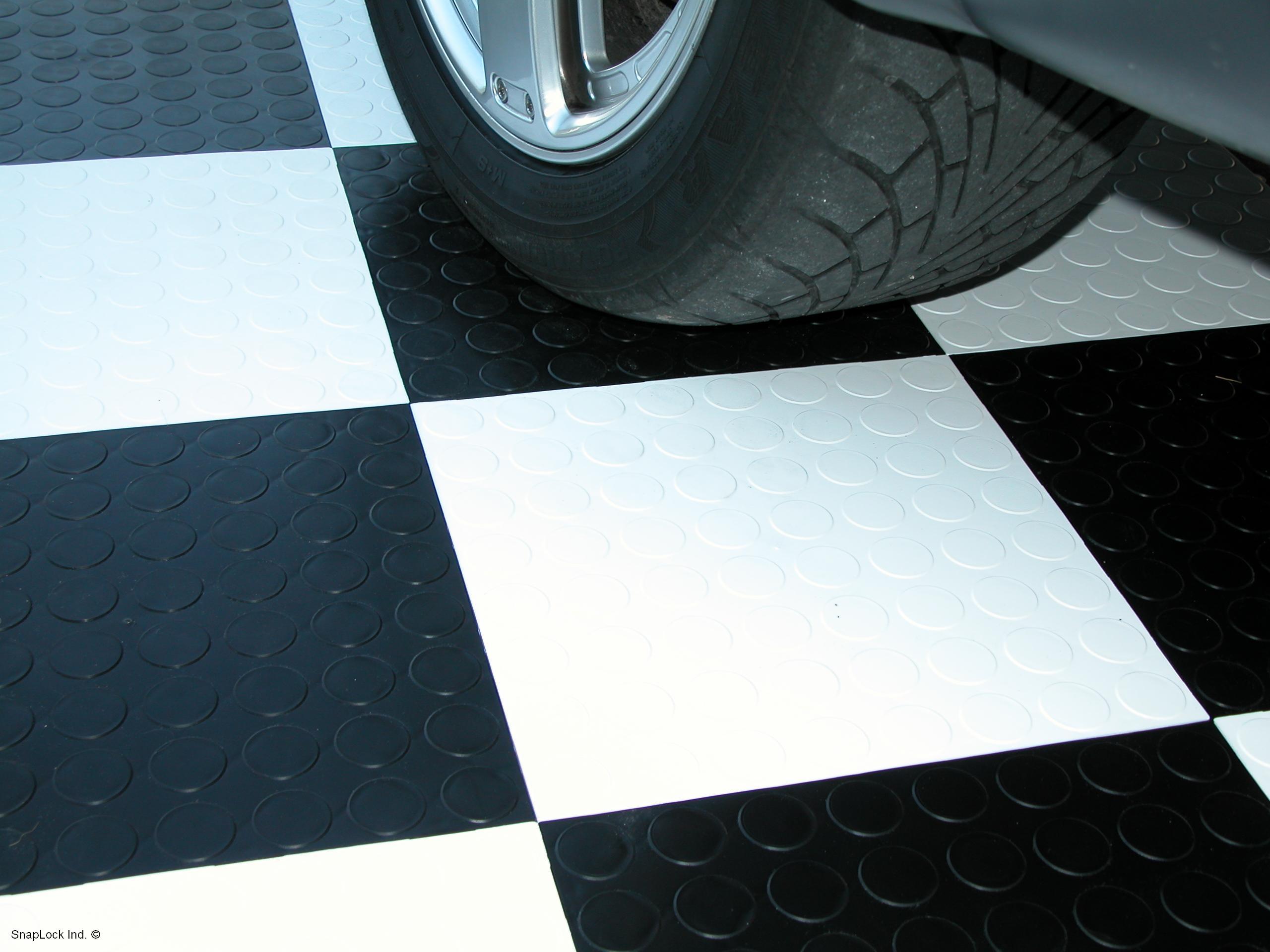 Cricletrac Racedeck Interlocking Garage Tile Mat